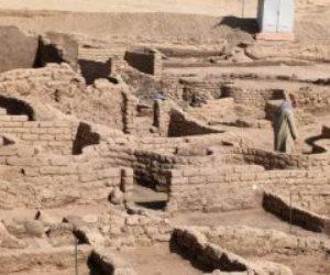 مدينة «صعود آتون» الفرعونية المكتشفة بالأقصر.. أول كومباوند بالتاريخ (فيديو صور)