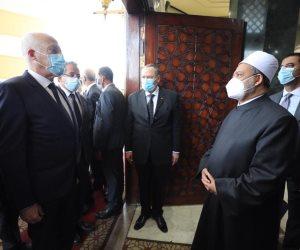 في رحاب مشيخة الأزهر.. الإمام الأكبر يستقبل الرئيس التونسي