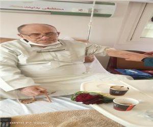 بعد بتر أصابع من قدمه.. مبروك عطية يتصدر التريند بعد كشف حالته الصحية(صور)