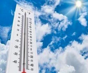 أجواء حارة بأغلب الأنحاء وفرص أمطار.. تعرف على حالة الطقس ودرجات الحرارة غداً