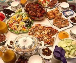 منها الشوربة..4 أطعمة ومشروبات صحية تناولها وقت الإفطار برمضان