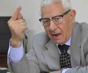 فارس الكلمة يترجل.. وداعا الكاتب الصحفي الكبير مكرم محمد أحمد