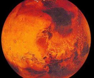 مروحية تابعة لوكالة ناسا تحلق لأول مرة فى أجواء كوكب المريخ