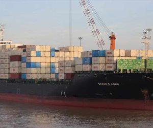 المحكمة الاقتصادية تحجز سفينة بسبب نزاع قضائى بين شركتين حول تفريغ 6700 طن فول