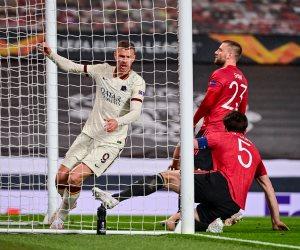 مانشستر يونايتد يسحق روما بسداسية ويقترب من نهائي الدوري الأوروبي
