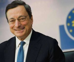"""وصفوه ب """"منقذ اليورو """"..هل سينجح ماريو دراجي رئيس حكومة إيطاليا في خلافة ميركل وقيادة أوربا وإنقاذ اقتصادها؟"""
