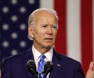 الرئيس الأمريكي يكشف أسباب شغفه بركوب السكك الحديدية..ماذا قال بايدن؟