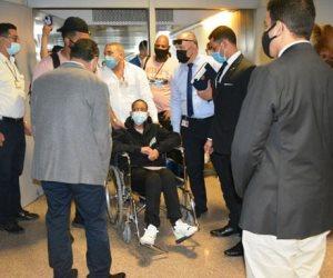 وفد «تنسيقية الأحزاب» يستقبل السيدة الأمريكية جلوريا بمطار القاهرة (صور)