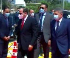 الرئيس السيسى يصل هيئة قناة السويس بالإسماعيلية لافتتاح مشروعات جديدة