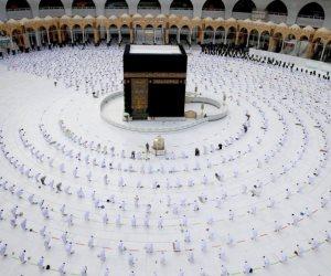 """""""المسجد الحرام بكامل طاقته"""".. تفاصيل تخفيف السعودية إجراءات كورونا"""