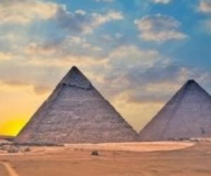 «هناك شيء ساحر».. صحيفة إسبانية تختار مصر من أهم الوجهات السياحية