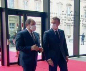 الرئيس السيسى يصل مقر انعقاد قمة دعم الاقتصاديات الأفريقية بباريس