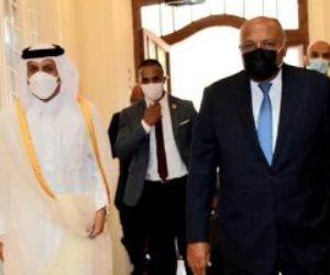 وزير الخارجية يستقبل نظيره القطري في مقر الوزارة بقصر التحرير وبدء المباحثات (صور)
