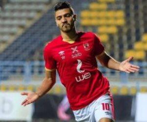 محمد شريف مهاجم الأهلي يتصدر ترتيب هدافي الدوري المصري