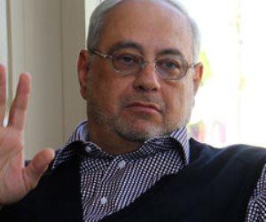 وصول جثمان الدكتور أحمد بهجت رجل الأعمال مطار القاهرة داخل طائرة خاصة