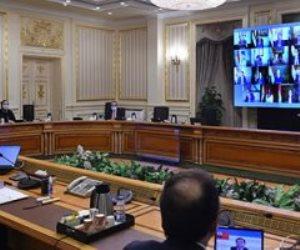 بعد انخفاض معدل الإصابات.. الحكومة تشدد على تطبيق القرارات الخاصة بمواجهة كورونا