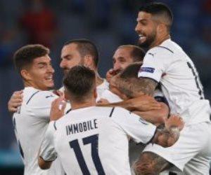 منتخب ايطاليا في كأس أمم أوروبا 2020.. سر ارتداء بدلة مونديال 82