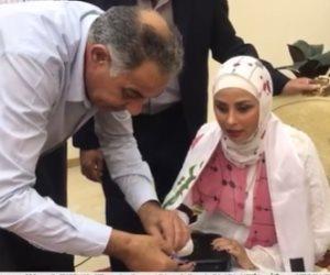 حلم «سيدة ميزار» يتحقق.. الرئيس يمنح كفيفة من شمال سيناء شقة كاملة التشطيب