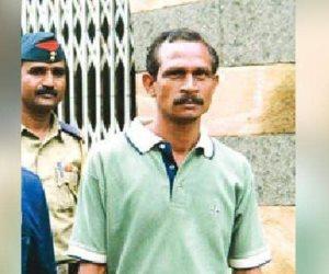 مقتل مغتصب الهند.. 200 امرأة أجحزوا عليه بالسكاكين والحجارة ومسحوق الفلفل الحار