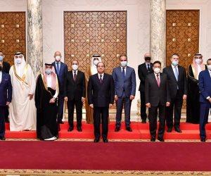 الرئيس السيسي: مصر واجهت مشاكلها بتجرد حقيقي ثقة في وعي الشعب