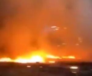 حكومة دبى: حريق ناجم عن انفجار حاوية على متن سفينة بميناء جبل علي.. صور
