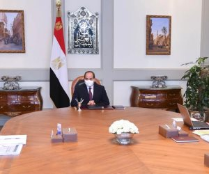 الرئيس السيسي يستعرض عددا من مشروعات وزارة الكهرباء