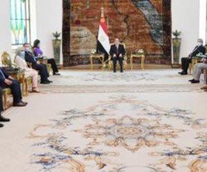 الرئيس السيسى يستقبل وفدًا من الشباب اليونانى والقبرصى من ذوى الجذور المصرية