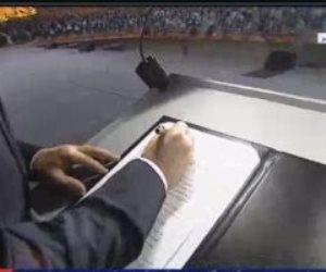 """الرئيس السيسي يوقع على وثيقة المشروع القومى """"حياة كريمة"""""""