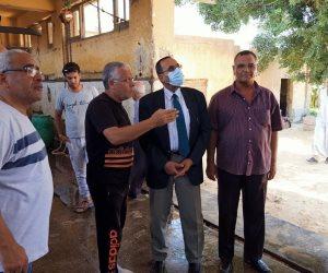استعدادا للعيد.. محافظ شمال سيناء يتفقد المجازر ويتابع توفير كافة احتياجات المواطنين (صور)
