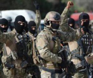 الجيش التونسى ينزل الشارع لتأمين المؤسسات الحيوية.. والشعب: تحيا تونس (فيديو)