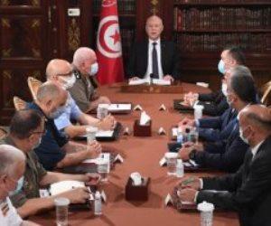 تونس تطيح بالإخوان.. الرئاسة تجمد البرلمان وتقيل الحكومة.. والجيش في الشارع لتأمين المؤسسات الحيوية