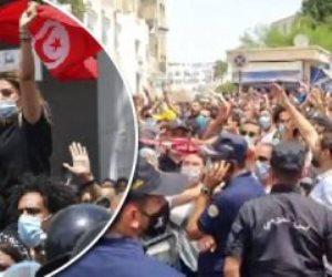 """بعد الإطاحة بإخوان تونس.. """"الإرهابية"""" تتجه للعنف وتحاول اقتحام البرلمان"""