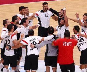 """«شوط يا أحمر».. هل سحبت كرة اليد البساط من تحت """"القدم"""" في مصر؟"""