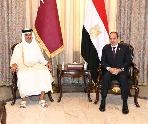 الرئيس السيسي يلتقي مع أمير دولة قطر تميم بن حمد في بغداد