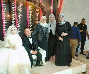 """صور مبهجة.. حكاية """"حسين وأسماء"""" عروسان من ذوي الهمم احتفل بزفافهما أهالي العريش"""