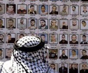 ضربة مدوية.. كيف سلطت عملية الهروب الكبير الضوء على معاناة الأسرى الفلسطينيين داخل السجون الإسرائيلية؟