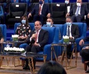 الرئيس السيسى: تقرير التنمية البشرية شهادة نجاح للشعب المصرى