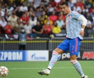 رونالدو يسجل فى 36 فريقا بـ دورى أبطال أوروبا بالتساوى مع ميسى.. فيديو