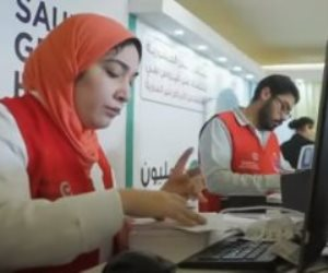 الرئيس السيسي يشاهد فيلما تسجيليا عن تقرير التنمية البشرية لمصر 2021