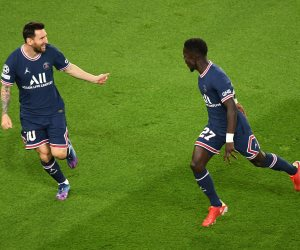 """باريس سان جيرمان يتفوق على مان سيتي 1-0 فى شوط مثير بدوري الأبطال """"صور"""""""
