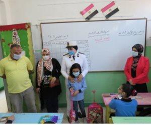 """""""في عيون مصر"""" .. الداخلية تصطحب أبناء الشهداء لمدارسهم في أول يوم دراسة (فيديو)"""
