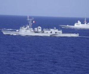 القوات البحرية تحتفل بعيدها 54 بتنفيذ عدد من التشكيلات البحرية والجوية