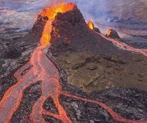 بركان لابالما يصل مصر اليوم.. تركيزه على الإسكندرية وبلا خطورة (صور)