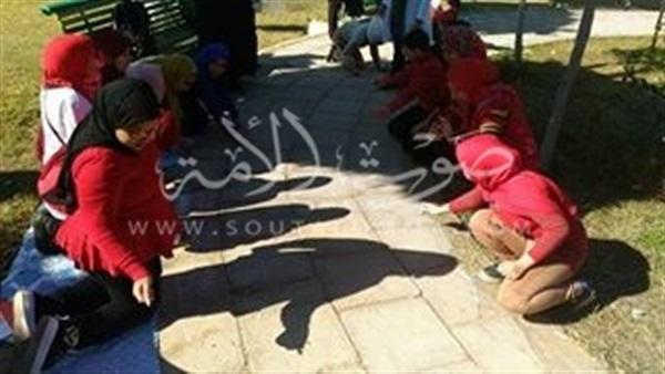 «25 يناير».. جدارية فنية على أسفلت بورسعيد (صور)