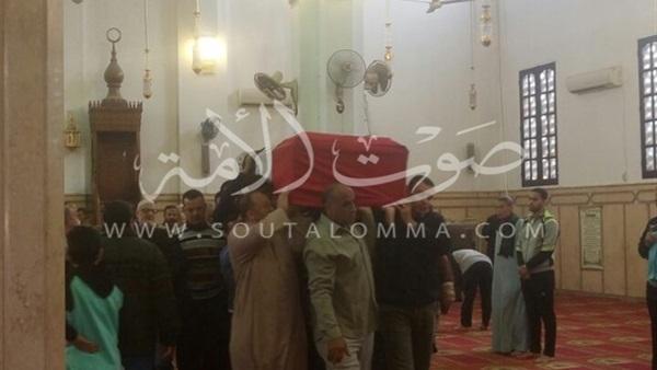 قيادات القليوبية يشاركوا جنازة شهيد الواجب بسيناء (صور)