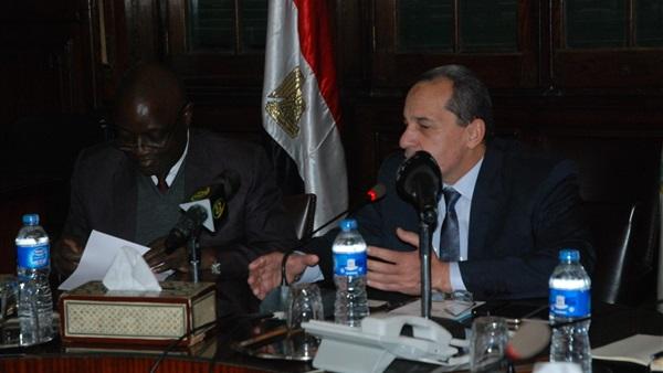 خطة وزير الزراعة لتطوير صناعة الدواجن
