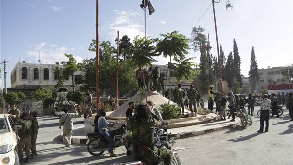 بعد القصف الأمريكي.. «إدلب» تخشى سنين «حلب» العجاف (تقرير)