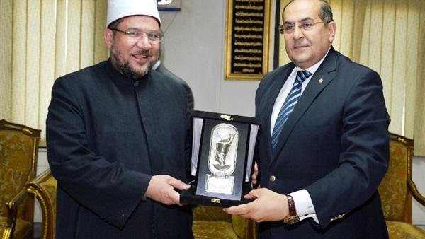 وزير الأوقاف: نعطي أولية للشكل الحضاري أثناء تجديد المساجد