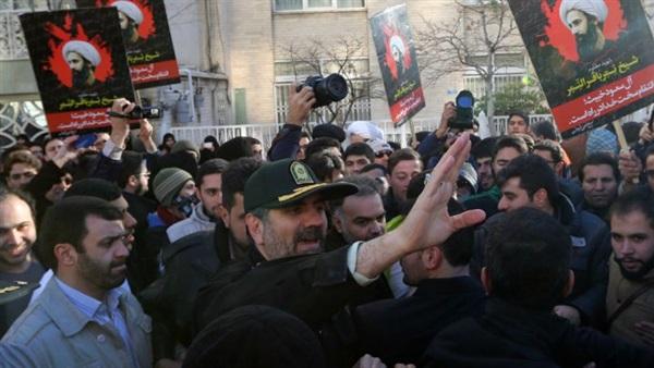 إيران تستعين بروسيا لمواجهة التهديد الأمريكي