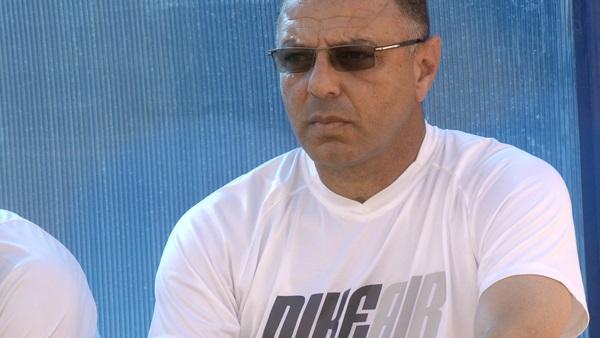 مدرب مصري يقود أهلي طرابلس لاكتساح بطل غانا بثلاثية